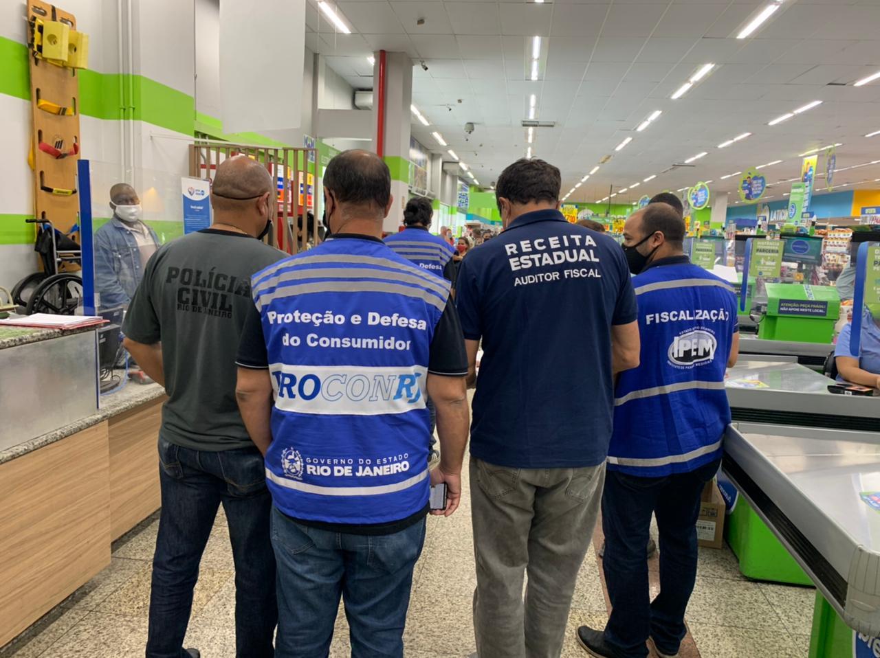 Procon-RJ_fiscaliza_supermercados_(2)_1628724381.8919.jpeg